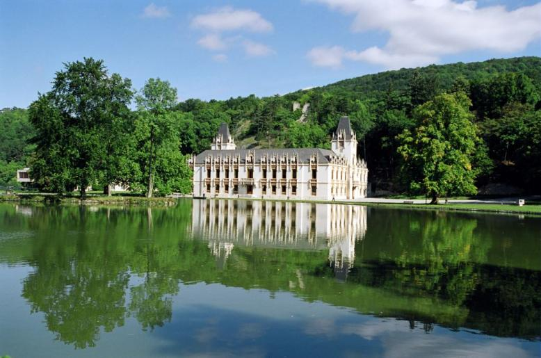 Biological and Pharmaceutical Complex Fluids III - Schloss Hernstein Hernstein, Austria